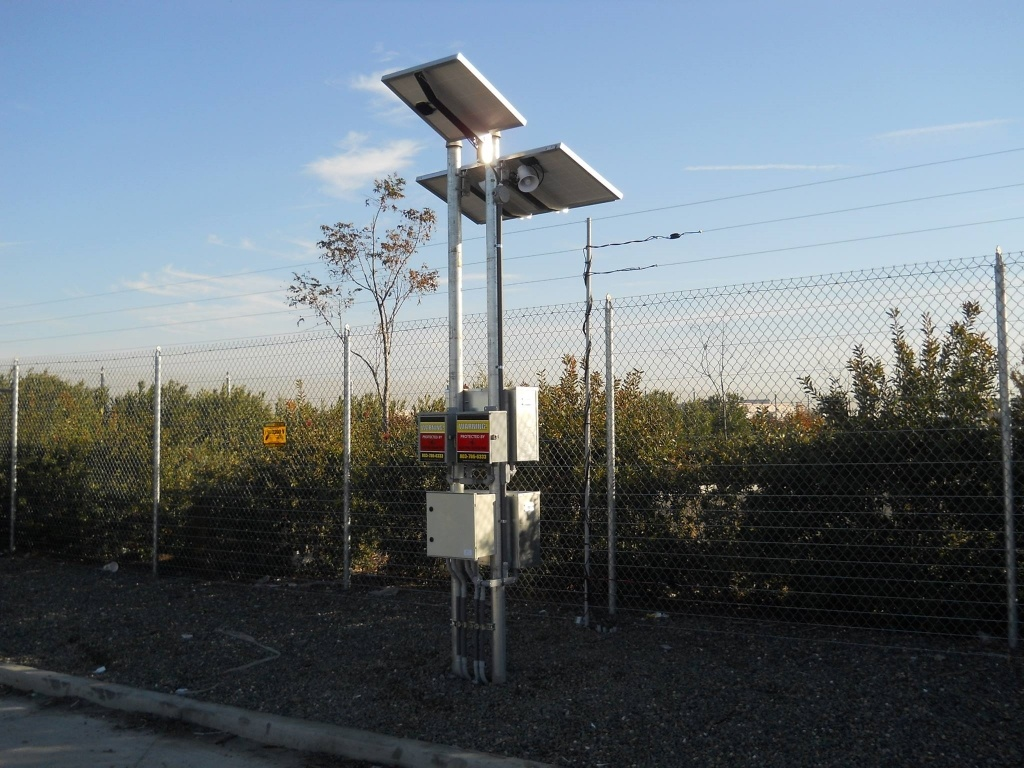 solar-powered-electric-security-fence.jpg